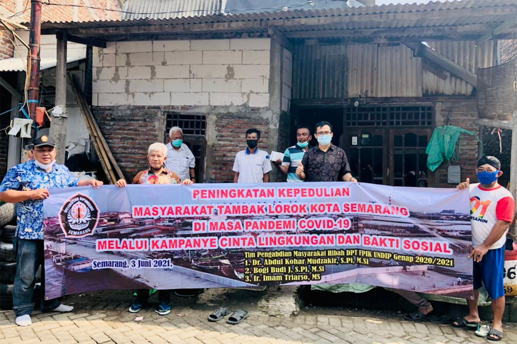 Increasing Concern for the Tambak Lorok Community in Semarang during the Covid-19 Pandemic Through the Love for the Environment and Social Service Campaign