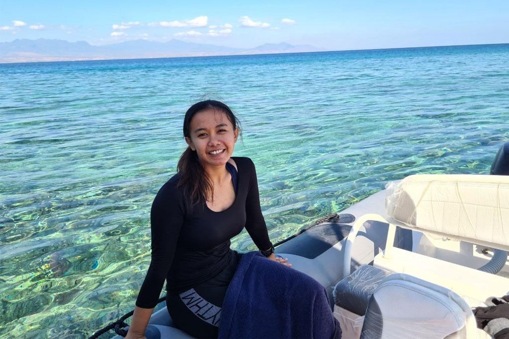 Benaya Success Story, FPIK UNDIP Alumni Becomes International Researcher on Fisheries and Coastal Community Shark Conservation
